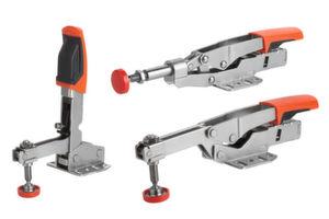 Das Lochmuster der Schnellspanner-Grundplatte passt für Millimeter- und Inch-Abmessungen gleichermaßen.