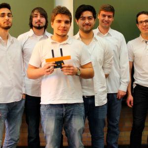 Studenten entwickeln Konstruktion für ein selbstdrehendes Smartphone