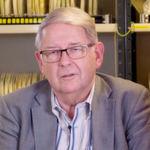 """Dr. Tore M. Undeland: """"Die Integration eines Gleichrichters und eines Wechselrichters im gleichen Gerät mit bidirektionalem Energiefluss bei weiterhin hoher Effizienz ist eine beeindruckende Leistung."""""""