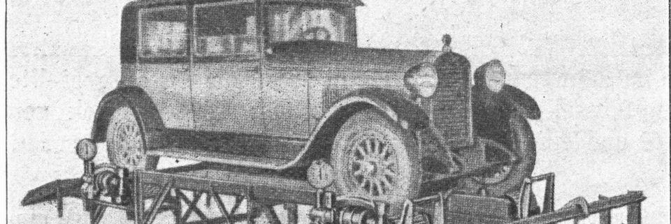 Historischer Kfz-Prüfstand: Ein historischer Prüfstand für Kfz-Prüfungen um ca. 1920. Mit dem Stichtag 1.12.1951 wurden die Untersuchungen von Kraftfahrzeugen in bestimmten Zeitabständen durch amtlich anerkannte Sachverständige Pflicht. Vorher erfolgten Sie auf freiwilliger Basis.