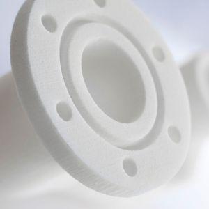Ein im 3D-Druck-Verfahren und mit Einsatz von Vestosint hergestelltes Luftführungsteil für den Motorraum.