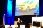 GM-Chefin Mary Barra kündigte auf dem Car Symposium ein neues Elektroauto von Opel an.