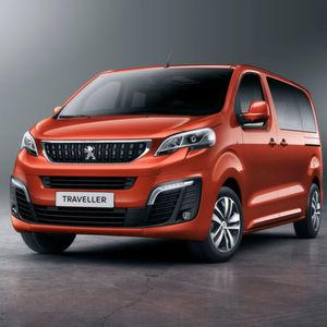 Citroën, Peugeot und Toyota wollen jeweils mit ihrem baugleichen Van – hier in der Version Peugeot Traveller – dem VW Multivan Konkurrenz machen.