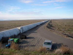 Der nördliche Arm des LIGO-Interferometers in Hanford/US-Bundesstaat Washington – einer der Detektoren, der die Gravitationswellen auffing.