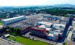 Das Werksgelände der Firma Banner in Linz-Leonding wurde um einen Neubau erweitert. Ziel war es, die Kapazität der Palettenstellplätze um 10.000 Stück zu steigern.