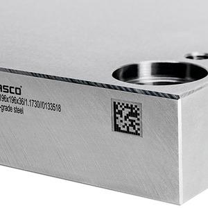 Spannungsarme Normalien für optimierten Werkzeug- und Formenbau