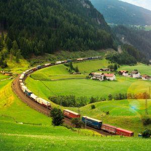 Im Jahr 2015 wurden 978.095 Lkw-Sendungen umweltfreundlich von Kombiverkehr im größten europäischen Intermodal-Netzwerk transportiert.