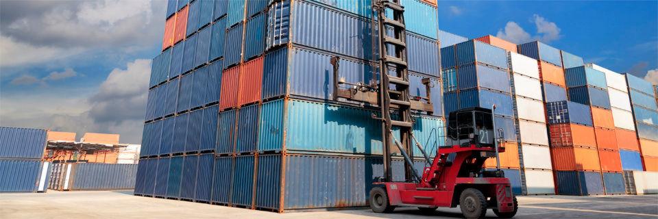Container zur Anwendungsvirtualisierung halten immer mehr Einzug, auch in Cloud-Umgebungen. Allerdings sind sie mehr als sinnvolle Ergänzung als vollständiger Ersatz zu VMs zu sehen.