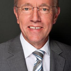 """""""Unterm Strich schließen die Maschinenbauer ihr Orderbuch 2015 mit einem Zuwachs von 1 %"""", resümiert der VDMA-Chefvolkswirt Dr. Ralph Wiechers."""