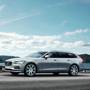 Volvo zeigte bereits in Stockholm den Nachfolger des Businessklassen-Kombis V70.
