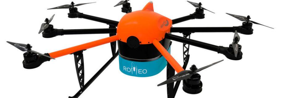 Height Tech hat im Forschungsprojekt Romeo (Remotely Operated Mosquito Emission Operation) einen Moskitocopter-Prototyp entwickelt. Er kann über eine spezielle Vorrichtung sterilisierte Mückenmännchen an per GPS definierten Punkten frei lassen oder über ein großes Areal gleichmäßig verteilen.
