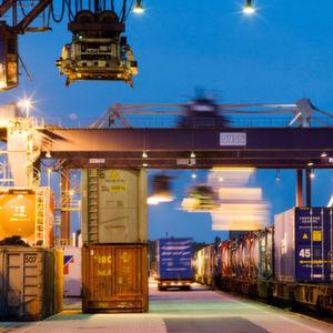 Die deutschen Maschinenbauer konnten 2015 ihre Exporte noch einmal steigern.