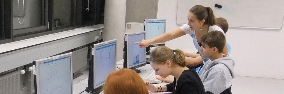 Computergestütztes, cloud-basiertes Lernen – alleine oder im Team – für die Fachkräfte von morgen.