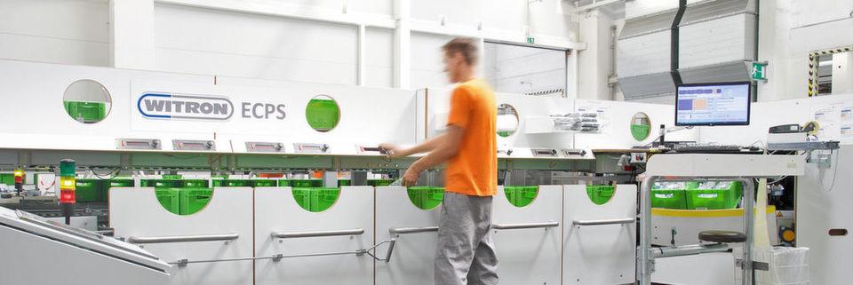 Die Skoda-Mitarbeiter können bis zu zehn Kundenaufträge gleichzeitig kommissionieren.
