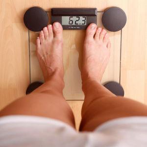 Warum werden wir übergewichtig und warum ist es für viele oft schwer, das Gewicht zu halten und es droht stattdessen ein Jo-Jo-Effekt?