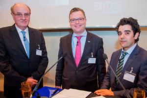 Bei der Vertragsunterzeichnung (v.l.): EMA-Vorstandsmitglied Harald Luxen, BME-Hauptgeschäftsführer Dr. Christoph Feldmann und EMA-Generalsekretär Dr. Abdelmajid Layadi.