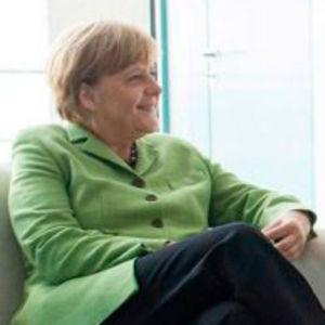 Hülsdonk tauscht sich mit Kanzlerin Merkel aus