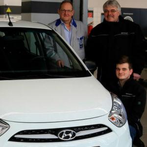 Autohaus 4-Rad sponsert Kfz-Ausbildung