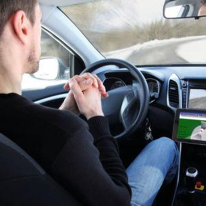 Autonomes Fahren: Mehrere Kameras und intelligente Bildverarbeitung sind Voraussetzung dafür, dass das Fahrzeug seine Umgebung wahrnehmen kann.