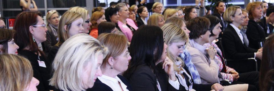 Mehr als 100 Teilnehmerinnen waren im vergangenen Jahr bei der Premiere des Kongresses dabei. Auf der Cebit geht es in die zweite Runde.