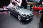 """Der derzeit erfolgsverwöhnte Daimler-Konzern zeigte einen Großteil seines Portfolios, von den SUV-Modellen bis zu den neuen """"Dreamcars"""", wie dem neuen C-Klasse Cabrio."""