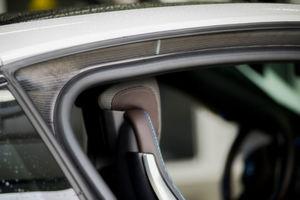 Der Multitechnologiekonzern 3M ist der Erfinder und einer der bedeutendsten Hersteller von leistungsstarken Acrylatschaum-Klebebändern für die Automobilindustrie.