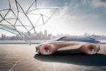 Reifen und vor allem Felgen-Designs spielen, wenn die Münchner Visionen wahr werden, keine Rolle mehr, da sie von Karosserie abgedeckt sind. Das wirkt sich äußerst positiv auf die Aerodynamik aus, aber negativ aufs Lenken; schließlich brauchen die Vorderräder Bewegungsfreiheit.