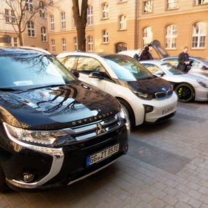 Auf dem Jahreskongress des Forum Elektromobilität e.V. ging es um nachhaltige energieeffiziente Mobilität der Zukunft. Beleuchtet wurde dabei das Gesamtsystem der Elektromobilität.