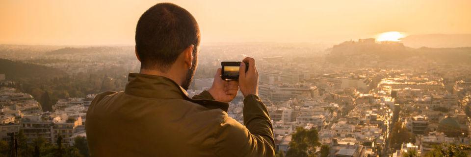 Die Lumix TZ101 von Panasonic ist eines von vielen Kamera-Highlights die in den nächsten Monaten auf den Markt kommen.