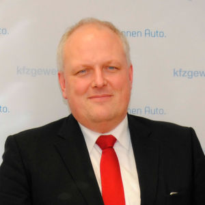 Kfz-Gewerbe im Dialog mit Staatssekretär Kelber