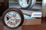 Der neue Michelin Pilot Sport 4 ist für leistungsstarke Pkw und Sportwagen konzipiert. Der Sommerreifen kommt zunächst in den 19 gängigsten Größen von 17 bis 19 Zoll auf den Markt.