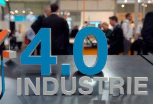 Auf dem Forum Industrie 4.0 der Hannover Messe diskutieren mehr als 6 500 Teilnehmer über den Nutzen, Implementierungsstrategien und Datensicherheit rund um Industrie 4.0.