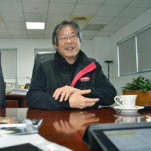 Rock Liao, Chef des Mittelständlers Quaser Machine Tools im Youshih Industriepark in Taichung, nutzt das breite Netzwerk an Lieferanten zur Produktion von Quaser- und OEM-Maschinen.