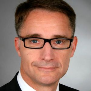 """Dr.-Ing. Kurt D. Bettenhausen ist Vorsitzender des neuen interdisziplinären VDI-Gremiums """"Digitale Transformation"""" (Bild: VDI)"""