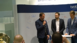 Handballnationaltrainer Dagur Sigurdsson am Stand von Brother