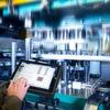 Robuste Überwachungstechnik für Pressen in Laborqualität