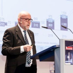 Lars Inge Arvidson von Sapa sieht noch viel Potenzial für den Leichtbauwerkstoff Alumnium im Fahrzeug; speziell in der E-Mobilität.