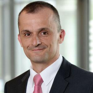 Matthias Zink (46), Leiter des Unternehmensbereichs Getriebesysteme, wird mit Wirkung zum 1. Januar 2017 zum Mitglied des Vorstands der Schaeffler AG bestellt.
