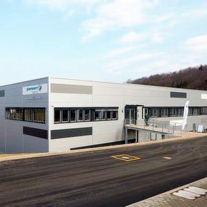 Neubau M486 am Standort Behringwerke mit weiteren 4.000 qm und Stellplätzen für 4.500 Paletten.