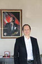 """""""Dass wir heute so gut dastehen, haben wir dem deutschen Markt zu verdanken, weil dort die Ansprüche an Qualität und Technologie sehr hoch sind"""", erläutert Ahmet Özkayan, Geschäftsführer von Ermaksan."""