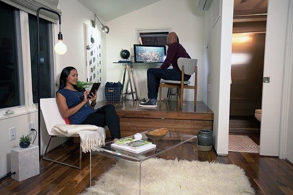 """Büro, Wohnzimmer, Bad: Das """"Tiny House"""" nutzt ..."""