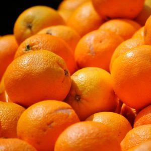 Grüner Alleskönner aus Orangenschalen und Kohlendioxid entwickelt