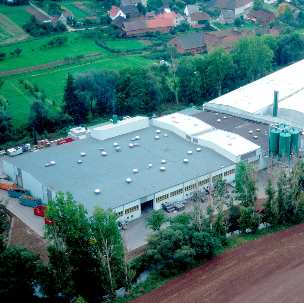 Based in Niedergebra, Germany, mtm plastics is amongst others recycling mixed post-consumer plastic waste.