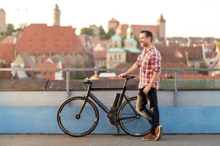 mit dem nachr stsatz kann der nutzer ein einfaches fahrrad. Black Bedroom Furniture Sets. Home Design Ideas