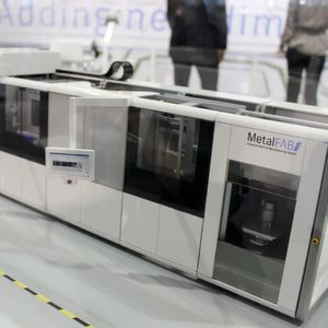 Additive Industries, NL unveiled what they refer to as the world's 'first truly industrial' 3D metal printing system at last year's Formnext exhibition.