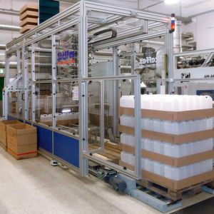 Vollautomatische Packanlage mit höhenverstellbarem Gestell