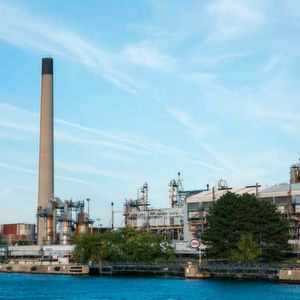 The chemical and petrochemical industry located on the banks of the St Clair river.