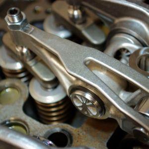 Renault Trucks druckt Motor-Komponenten