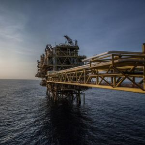 Saudi Aramco Shelves Investment Decision for Rapid Project