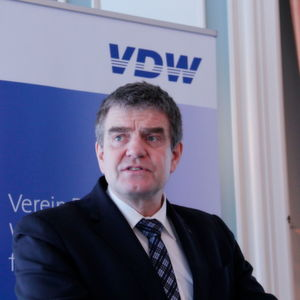 "VDW Chairman Prokop: ""2017 is characterized by many challenges that offer opportunities to generate new competitive advantages and expand our portfolio."""